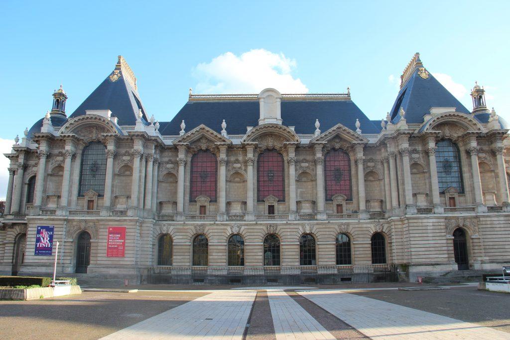 The facade of lille palais des beaux arts
