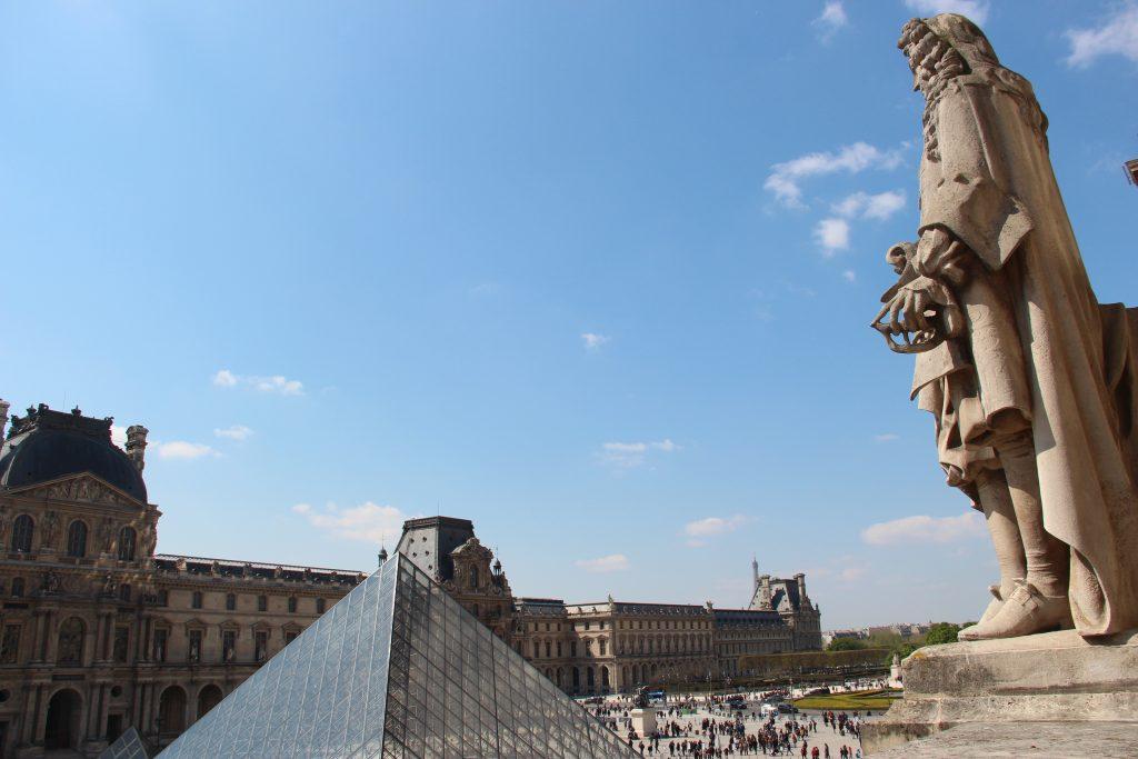 Cour du Louvre
